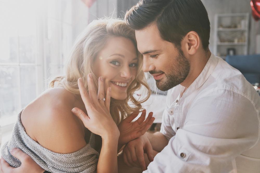 Verlobung Ring Paar